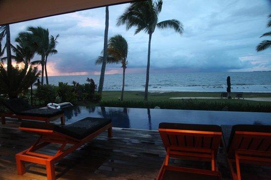 Hilton Fiji Beach Resort & Spa : Sunset