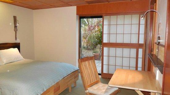 Osprey Peak Bed & Breakfast: The Woods Room