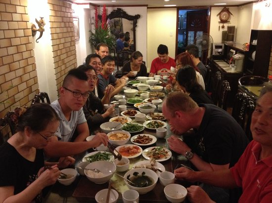 Hanoi 3B Hotel: Sunday dinner