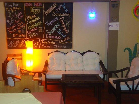 Cusi Backpacker Hostel: Bar y Restaurante
