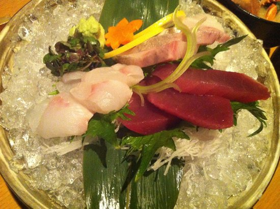 EN Japanese Brasserie : Sashimi on Ice, served in a clay dish. Oh, my friends thought the presentation was over the top!