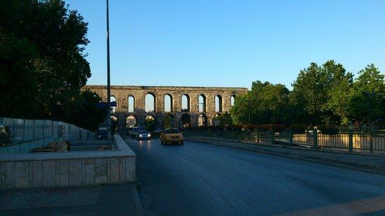 Historische Viertel von Istanbul: Valens Aqueduct