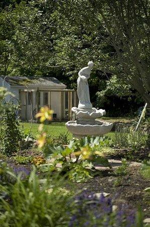 The Wakefield Inn & Restaurant: Garden