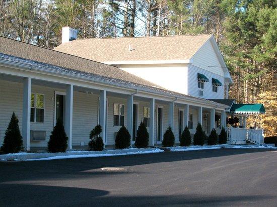 Golden Apple Inn : Neat and tasteful!