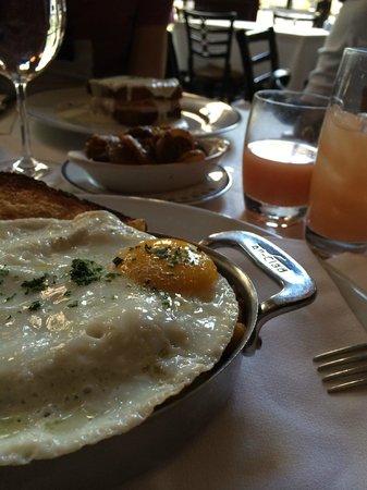 bouchon breakfast