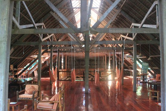 Refugio Amazonas: Area de hamacas