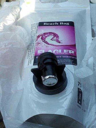 Flagler Beachfront Winery : Beach bag for 'on the go'