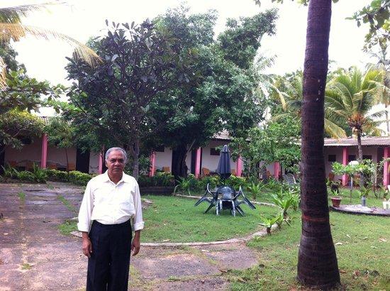 Shahira Hotel Nilaveli: Mr Mohammed