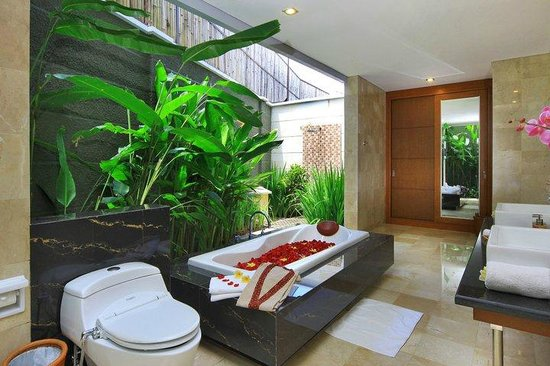 B Hotel Bali Spa Review