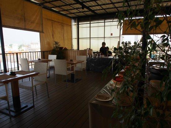 The Small Chiang Mai: ห้องอาหารเช้าที่ชั้นบน