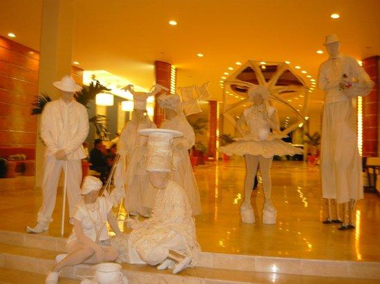 Hotel Melia Marina Varadero: bar del loby