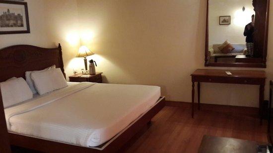 Club Mahindra Naukuchiatal: Bedroom
