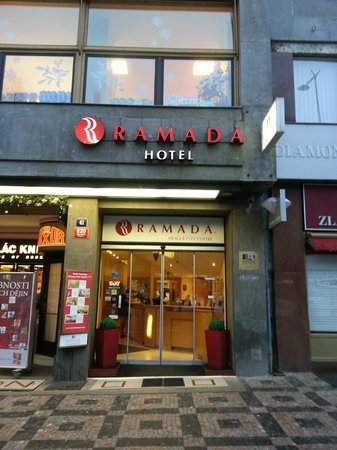 Ramada Prague City Centre : Esterno