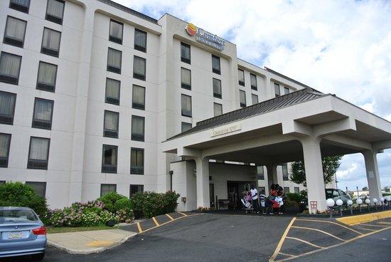 Comfort Inn & Suites West Atlantic City: отель и местность