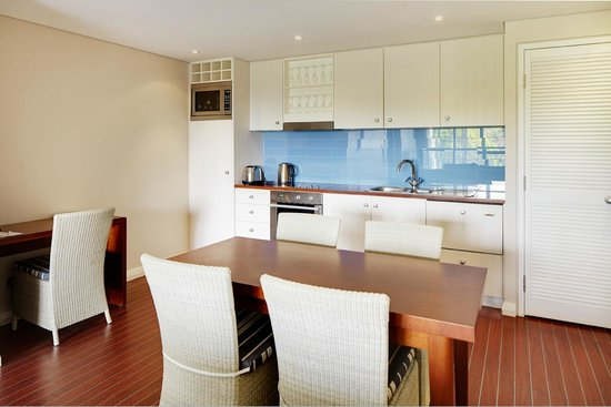 Seashells Yallingup 2 Bedroom Apartment Kitchen