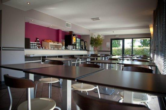 Hôtel Altica Pau : Salle du petit-déjeuner