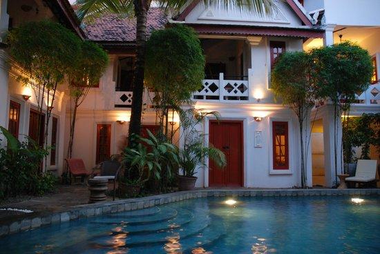 Rambutan Hotel Siem Reap: 'Poolside' at the Golden Banana