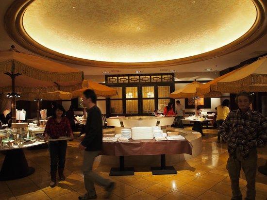 Keio Plaza Hotel Tokyo: ห้องอาหารเช้า 1 ใน 4 ห้อง