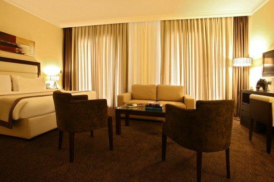 Lancaster Hotel Raouche : Junior Suite