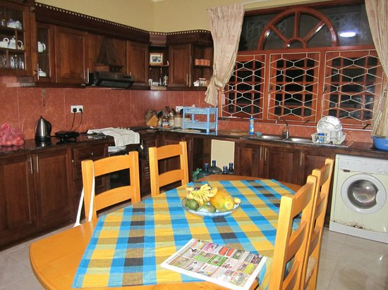 Serendib Guest House : Kitchen