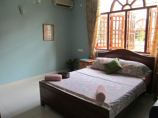 Serendib Guest House: Room with AC
