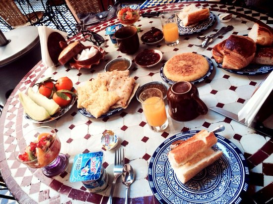 Riad Ahlam: Petit-déjeuner délicieux.
