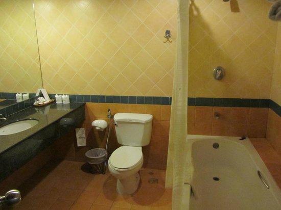 Baan Karonburi Resort: Ванная комната