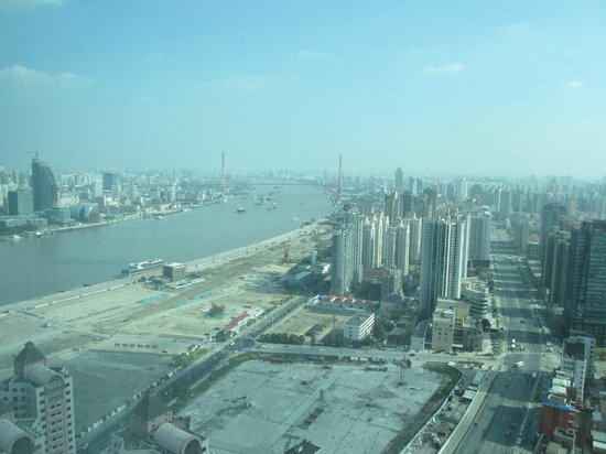 Novotel Shanghai Atlantis: View to east, 38 floor