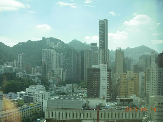 South Pacific Hotel: 窓の外の風景