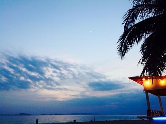 Bandara On Sea, Rayong : bandera on sea beach.