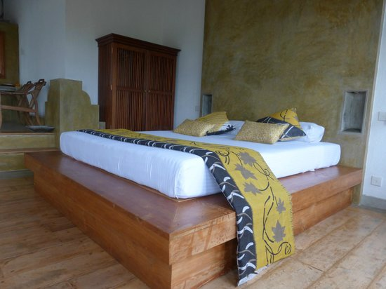 Villa Sandalwood: Our suite room