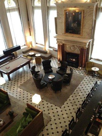 The London EDITION: Hotel lobby