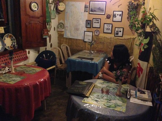 Royal Dutch Cafe : Four tables make up the cosy cafe