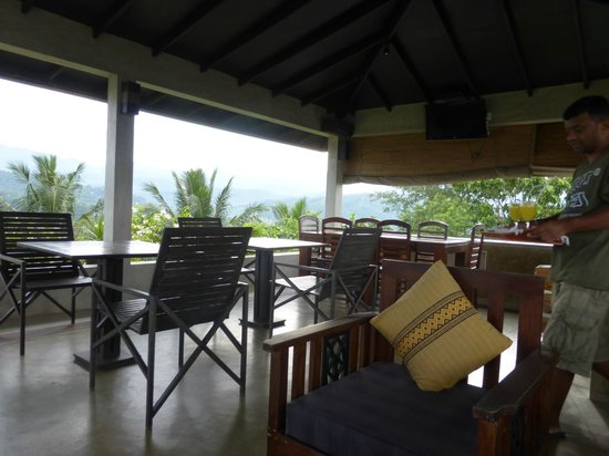 Villa Sandalwood: The rooftop dining area is the best feature