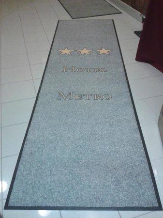 Hotel Metro: alfombra de hall