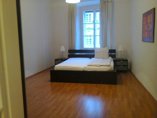 Happy Prague Apartments: First bedroom