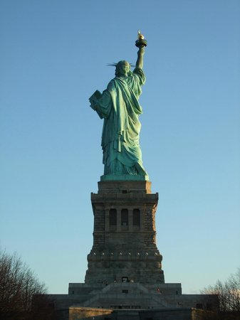 New York Highly Rated Tours : Statue of Liberty