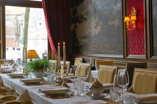 grand boutique hotel huis vermeer monumentale eetkamer
