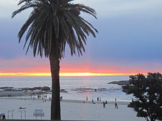 Magic Camps Bay: Camps Bay Beach