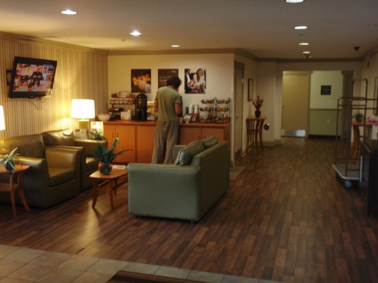 Extended Stay America - Philadelphia - Airport - Bartram Ave.: ロビー