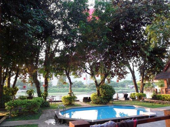 Ban Sabai Riverside Bungalow: scenery