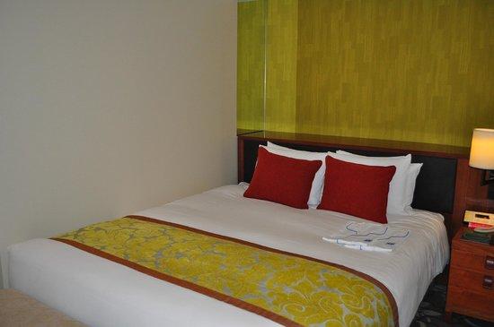 Hotel Metropolitan Tokyo Ikebukuro: superior queen room