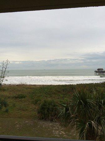 La Quinta Inn & Suites Cocoa Beach Oceanfront: 3rd floor view