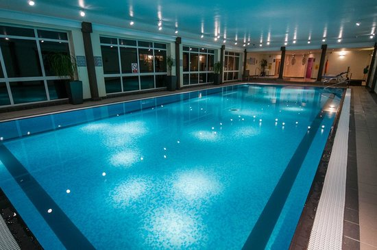 Cheltenham Hotels With Pool