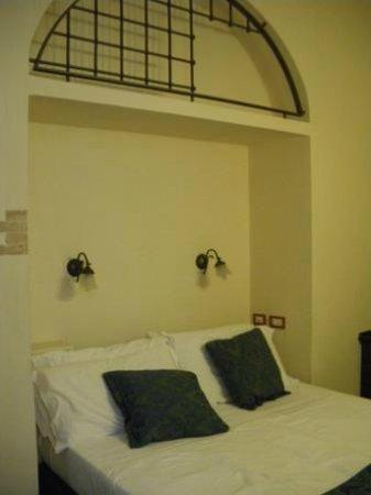 Hotel Il Convento: Camera matrimoniale