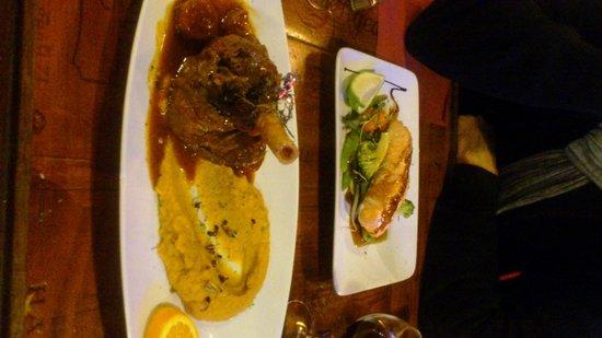 La Dame de Canton: Roast lamb and seared salmon