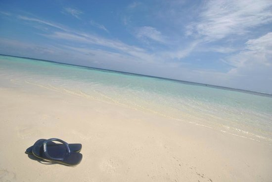 Velidhu Island Resort : spiaggia