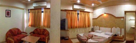 Shiv Sai Palace Hotel : Executive Deluxe room