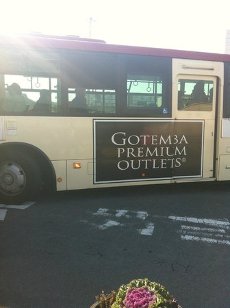 Gotemba Premium Outlets: The Shuttle bus from Gotemba Station