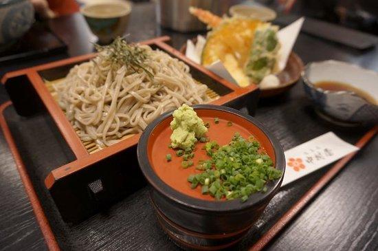 Nakamuraya : 中村屋 蕎麦と天ぷらセット